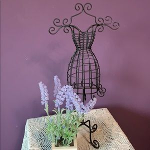 Other - Metal dress form jewelry stand